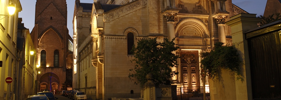 Saint Martin by Night (Tours)©Institut de Touraine